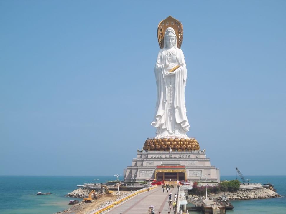 Храм Хайнань